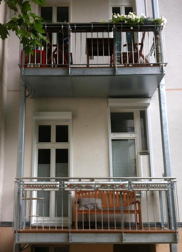 Zwei Balkone